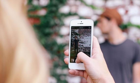 InstantSnapper iPhone App